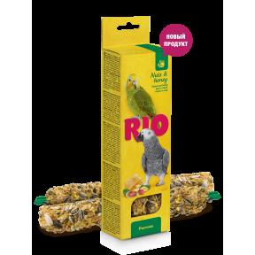 Лакомство RIO палочки для средних попугаев с медом и орехами 2x75 г