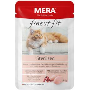 Влажный корм для стерилизованных кошек MERA Finest Fit с курицей 85 г