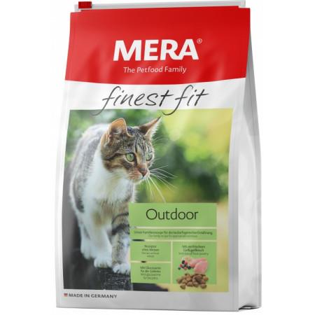 Сухой корм для активных, гуляющих на улице кошек MERA Finest Fit Outdoor с домашней птицей 4 кг