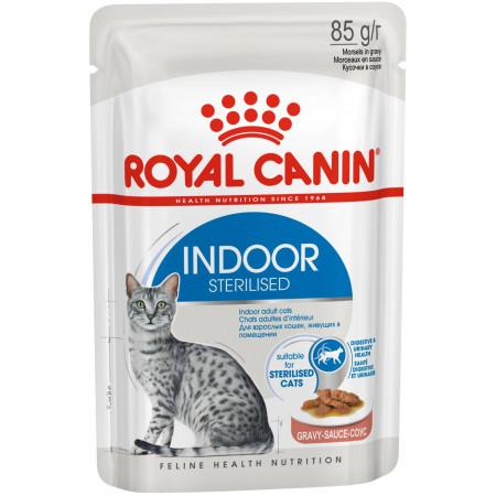Влажный корм для стерилизованных кошек, живущих в помещении Royal Canin Indoor Sterilized кусочки в соусе 85 г