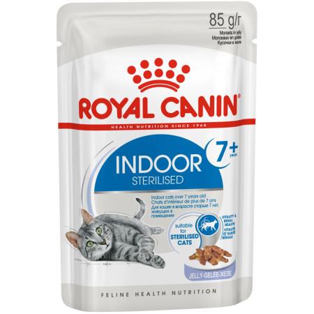 Влажный корм для стерилизованных пожилых кошек Royal Canin Indoor Sterilized 7+ кусочки в желе 85 г