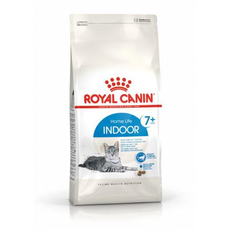 Сухой корм для пожилых кошек Royal Canin Indoor 7+ для живущих в помещении 3.5 кг