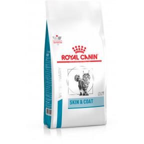 Сухой корм для стерилизованных кошек Royal Canin Skin Coat при проблемах с кожей 1.5 кг